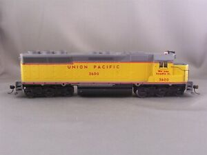 Athearn - Union Pacific - SD-45 Powered Engine - # 3600