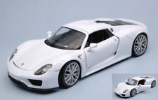 Porsche 918 Spyder Hard Top Closed 2013 White 1:24 Model 24055HW WELLY