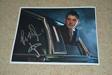 ROBIN LORD TAYLOR signed Autogramm In Person 20x25 cm GOTHAM Penguin