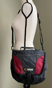 Mountainsmith Small Messenger X-Body Travel Bag w/Shoulder Strap Red/Black/Gray