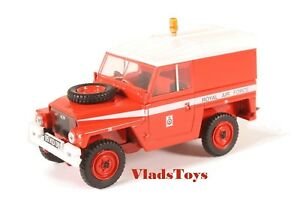 Oxford Military 1/43 Land Rover Land Rover  RAF Red Arrows 43LRL003