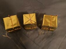 CHRISTMAS TREE HANGING ORNAMENTS METALLIC WRAPPING GIFT BOX GOLD PACK OF 3