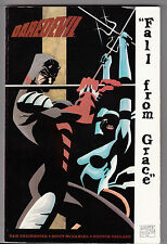 "! DAREDEVIL ""FALL FROM GRACE"" TRADE PAPER BACK en TRES BON ETAT !"
