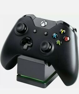 PowerA Charging Stand for Xbox One Black Includes Battery Pack New Brand New