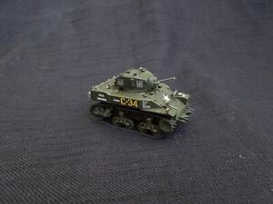 M5A1 Stuart  Diecast Amercom 1:72 US tank  1944