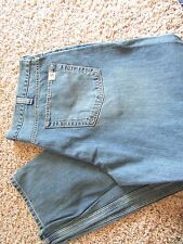 NEW CARHARTT LOW RELAXED STRAIGHT  JEANS MENS 33X34 LIGHT WEATHERED BLUE FREE SH