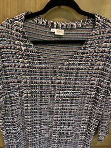 Tianello by Steve Barraza Geometric 3/4 Sleeve Top Woman's XS. Preowned In EUC.