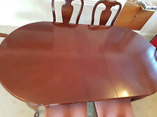 Extending Cherry Wood Dining table, 2 carver and 4 dining chairs - vgc