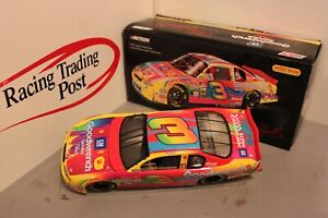 2000 Dale Earnhardt GM Goodwrench Service Peter Max 1/24 Action NASCAR Diecast