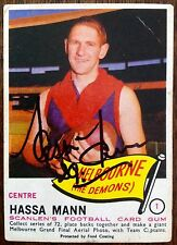 1966 SCANLENS VFL CARD PERSONALLY SIGNED BY HASSA MANN MELBOURNE