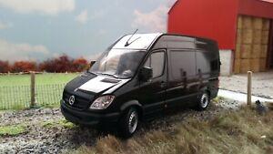 Mercedes Sprinter Van Model 1:32 Scale Diecast