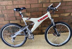 "Trek Y-22 OCLV 19.5"" Carbon Frame Mountain Bike , Deore XT, Race Face, Marccohi"
