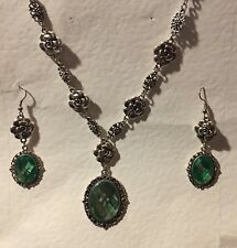 CAMELLIA FILIGREE VICTORIAN STYLE LIGHT GREEN SILVER PLATED NECKLACE SET CFS