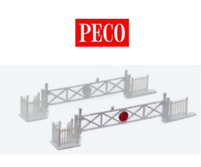 Peco LK-50 Level Crossing Gates with Wicket Gates & Fencing OO/HO Gauge