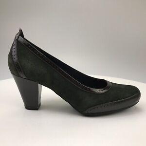 Womens 8.5 M Clarks Artisan Diamond Shine Green Suede Patent Leather Pumps Heels