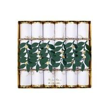 MERI MERI CHRISTMAS Festive Foliage Medium Christmas Crackers (6 Pack)