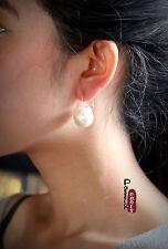 Boucles d`Oreilles Dormeuses Argenté Grosse Perle Blanche 18mm Class Retro E3