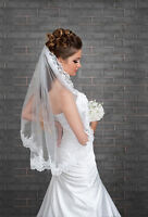 One Tier Wedding Veil Lace Edge Elbow Length Comb Attached VK-22