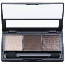 Model Co ModelCo Eyeshadow Trio Palette 01 Naturally Neutral Shadow Brush