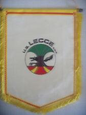 GAGLIARDETTO UFFICIALE CALCIO U.S. LECCE S.P.A.