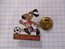 PINS RARE FUJIFILM USA 94 FOOTBALL VINTAGE PIN'S m1