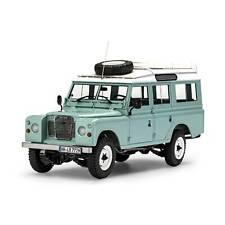 Revell Monogram 1/24 Land Rover Series III