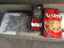 Arsenal Gift Set 2018-2019 -Hand Book - Nike Bag 2006 - Scarf -Towel - Brand New