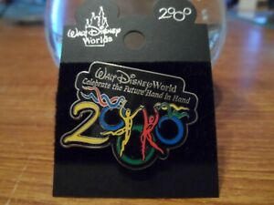 Walt Disney World 2000 Disney Trading Pin NEW Celebrate the Future Hand in Hand