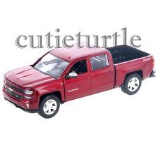 Motormax 2017 Chevrolet Silverado 1500 LT Z71 Pickup Truck 1:27 79348 Red