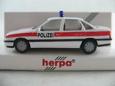 """Herpa 041812 Opel Vectra A GL Stufenheck (1988) """"POLIZEI (CH)"""" 1:87/H0 NEU/OVP"""