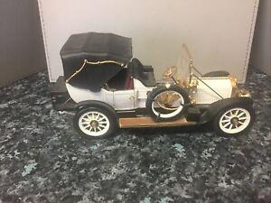 Franklin Mint - 1912 Packard Victoria ( 1/24 Scale ) Minor Damage