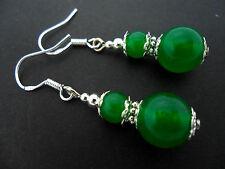 Un Par De Colgantes Verde Jade Perla pendientes Con 925 Plata Maciza Ganchos. Nuevo..