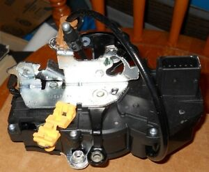 NOS 2007-08 GMC CHevrolet Truck LH Front Door Lock Actuator