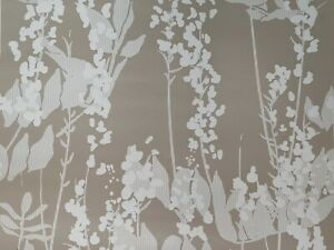 Wistaria Lint Wallpaper by Kuboaa designed by Andrew Hardiman Contemporary 1roll