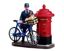 Lemax Postman - 02753 (401) Weihnachtsdorf, Weihnachtsfiguren, Modellbau