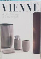 Vienne Bathroom Set