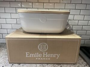 New (Defect).  Emile Henry Bread Box + wood cutting board. made in france.