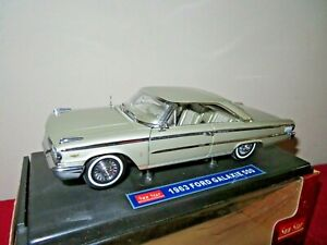 SUN STAR 1963 FORD GALAXIE 500 CHAMPAGNE 1:18 OPENING HOOD, DOORS & TRUNK