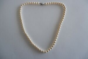 VINTAGE CREAM LUSTER FAUX PEARL NECKLACE, 925 SILVER SAFETY CLASP - C1970'S