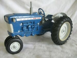 ERTL VINTAGE FORD 4000  1/12 SCALE CHANGED TO NARROW FRONT THAT STEERS