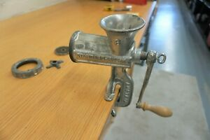 HAND OPERATED TABLE CLAMP TYPE MINCER SIZE 8 BY AUSTRIAN COMPANY STANDARDWERK