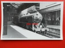 PHOTO  SR EX LSWR CLASS H15 LOCO NO 30475 AT WATERLOO 6/60