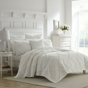 Laura Ashley Maisy 2-Piece  Quilt Set, Cotton, Twin/Full/Queen/King