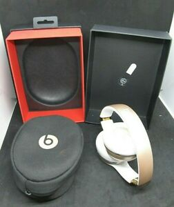 Beats Solo 3 Wireless Gold w/ Retail Packaging - Parts Only