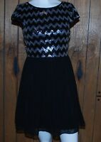 Dress Juniors 5/6 Black Silver Sequins Chevron Cap Sleeves B. Darlin Prom Dance