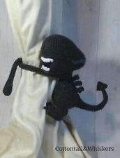 Crochet Alien Curtain Tie Backs, Amigurumi PDF PATTERN ONLY, Nursery Decor