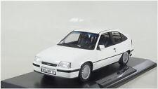 1307 - 1:18 - OPEL-KADETT-GSI - 1987-Bianco