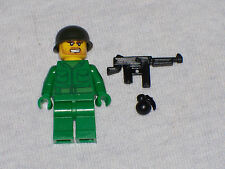 Lego Minifig WW2 Army Soldier with Weapons