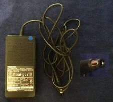 TOSHIBA Original PA3241U-1ACA PA2450U ADP-45XH PA4153U-1ACA 15V 3A 6.5mm/3mm