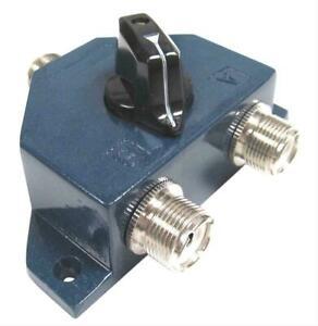 MFJ-1702  2 Position Ham- CB Radio / Antenna  Coax Switch, 0-450 MHz 2500 W PEP